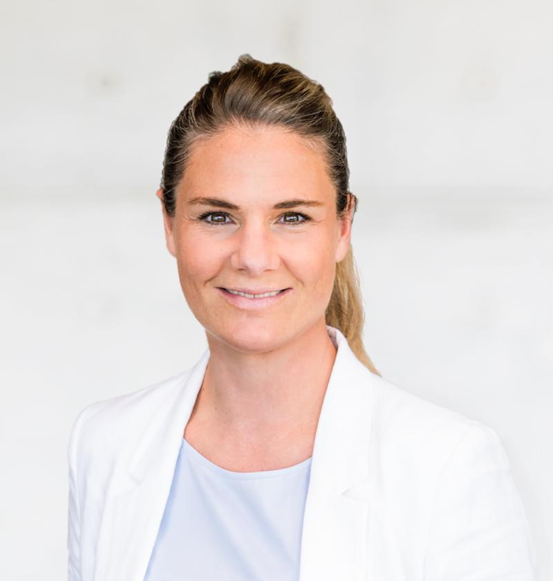 Dr. Nina Zöllner - Fachärztin für Allgemeine Chirurgie Zusatzbezeichnung Akupunktur