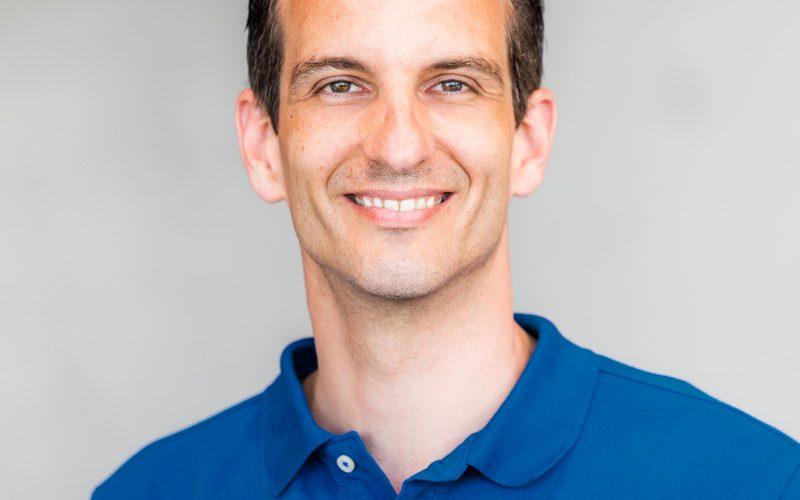 Dr. Peter Hölper - Facharzt für Gefäßchirurgie, Phlebologie, Endovaskulärer Chirurg